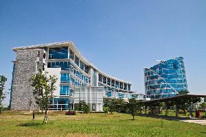 Geliat Kampus Berbasis Technopreneur dan Entrepreneur