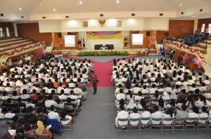 Memotivasi lewat Kuliah Umum Perdana
