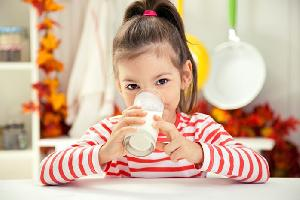 Musim Hujan, Jaga Stamina Tubuh dan Otak Anak