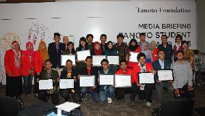 Tanoto Foundation  Kembali Dukung 12 Tim Peneliti Muda 4 Universitas