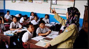 Upaya Memperbaiki Mutu Guru Lewat Regulasi