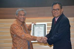 Universitas Airlangga Jadi Kampus Pertama Pengelola Wakaf Uang