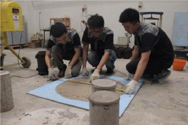 Inovasi Beton Karya 3 Mahasiswa UKP Raih Juara Internasional