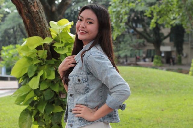 Vania Valencia: Bergelimang Prestasi Namun Tetap Utamakan Kuliah