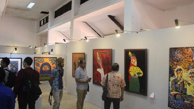 20 Karya Dosen dan Mahasiswa Dipamerkan pada Festival Kesenian Indonesia ke-X