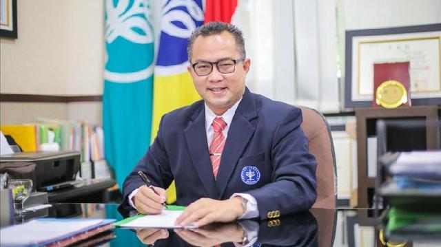 Rektor IPB DR Arif Satria SP, MSi:  Sosok yang Dekat dengan Dosen dan Mahasiswa