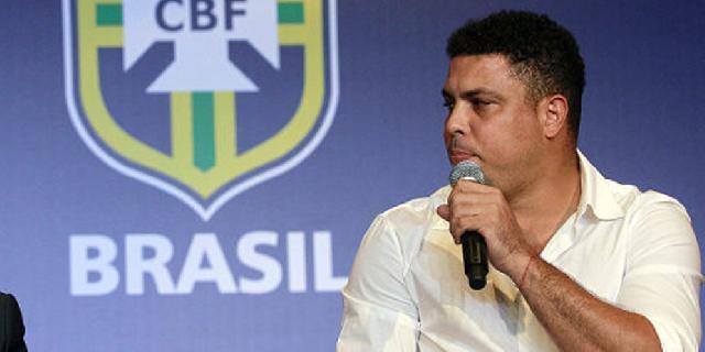 Ronaldo Buka 30 Sekolah Sepakbola di Tiongkok