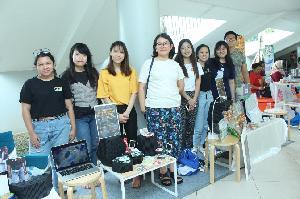 Kreativitas Mahasiswa UPH, Ubah Sampah Plastik Menjadi Produk Fungsional Bernilai Jual