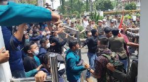 Peringatan Menristekdikti Tanggapi Demo Mahasiswa Jelang Pelantikan DPR