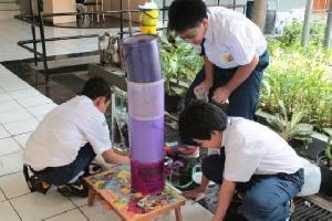 Siswa SMP di Bandung Ciptakan Alat Penjernih Air