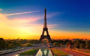 Raih Beasiswa ini dan Nikmati Keindahan Menara Eiffel