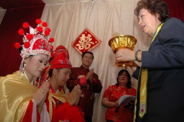 Perguruan Tinggi China Buka Kelas Khusus Pernikahan