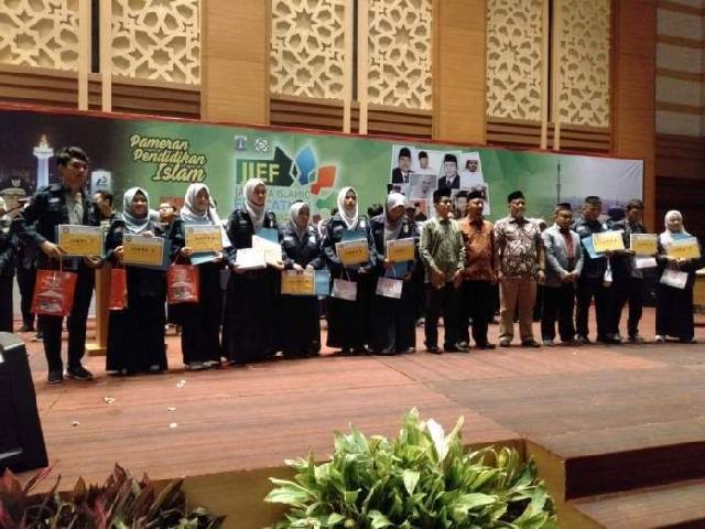 JIC Berikan Beasiswa Peserta Pelatihan Broadcast
