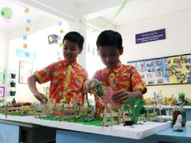 Model Discovery Learning untuk Pembelajaran yang Menyenangkan